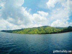 Pulau Komodo Berawan