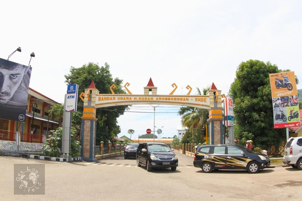 Car to rent from Ende Airport