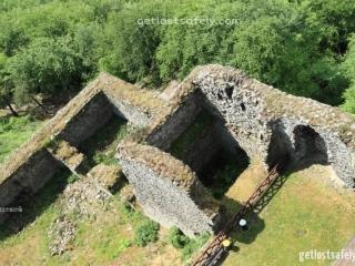 Reruntuhan kastil