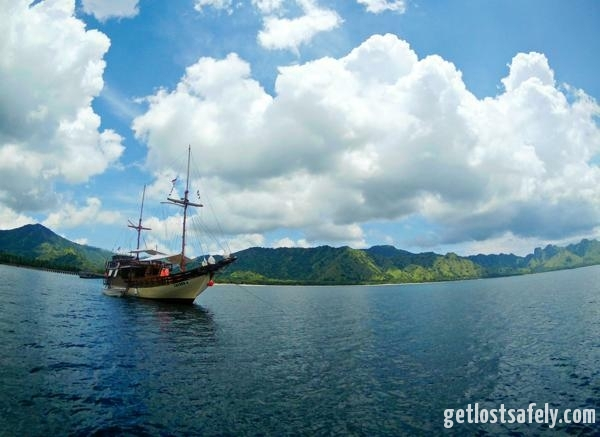 Komodo Island and the boat2