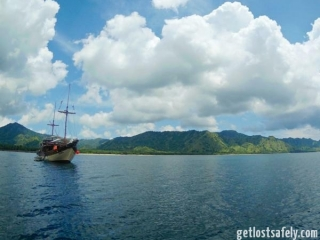 Komodo Island and the boat