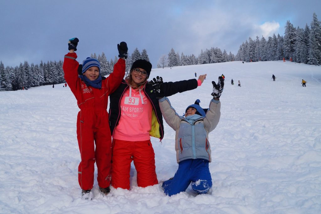 family-having-fun-in-winter