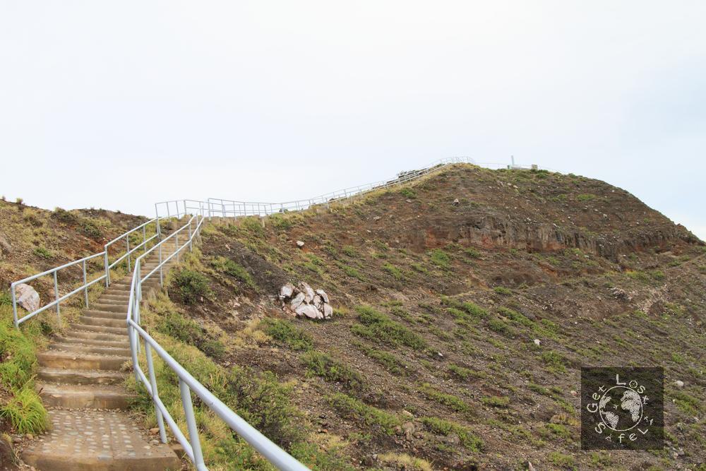 Mendaki Puncak Kelimutu