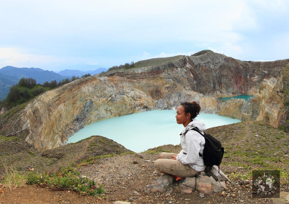 Tourist on Kelimutu Crater Lake