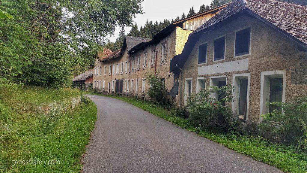 Kampung Terlantar 2