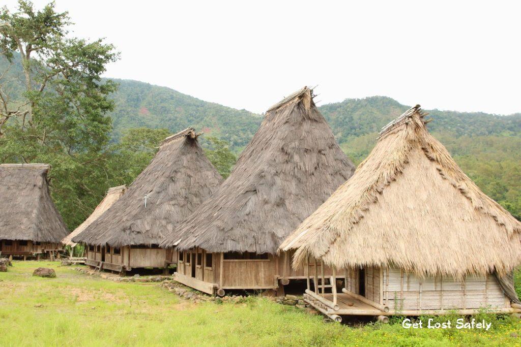 Rumah adat Wologai NTT